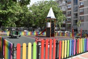 Изградени са детски площадки