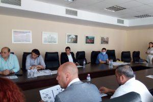 """Кметът на """"Тракия"""" Костадин Димитров огласи идеята на дискусия за шума."""
