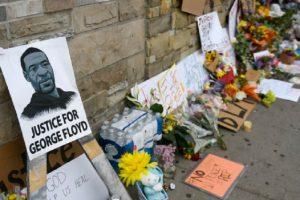 Джордж Флойд ще бъде погребан днес.