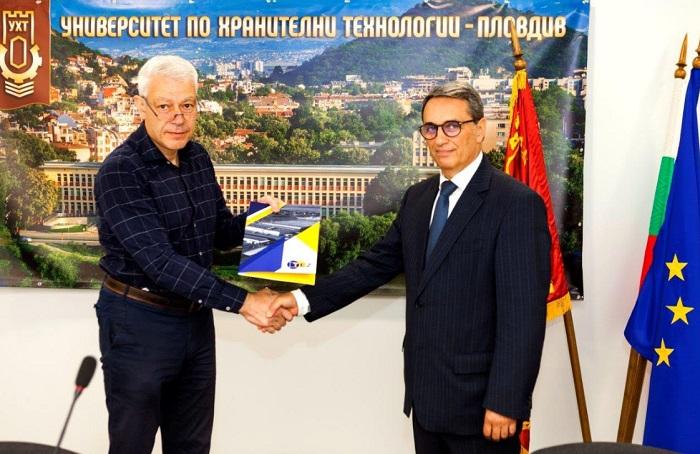 Инж. Пламен Панчев и проф. Пламен Моллов