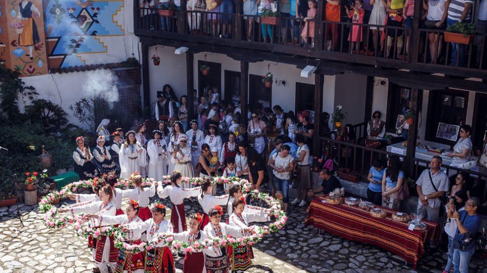 Кулминацията на Фестивала на лавандулата беше в Бухаловия хан