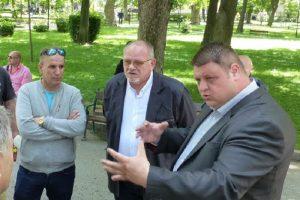 Радослав Кошински (на преден план)