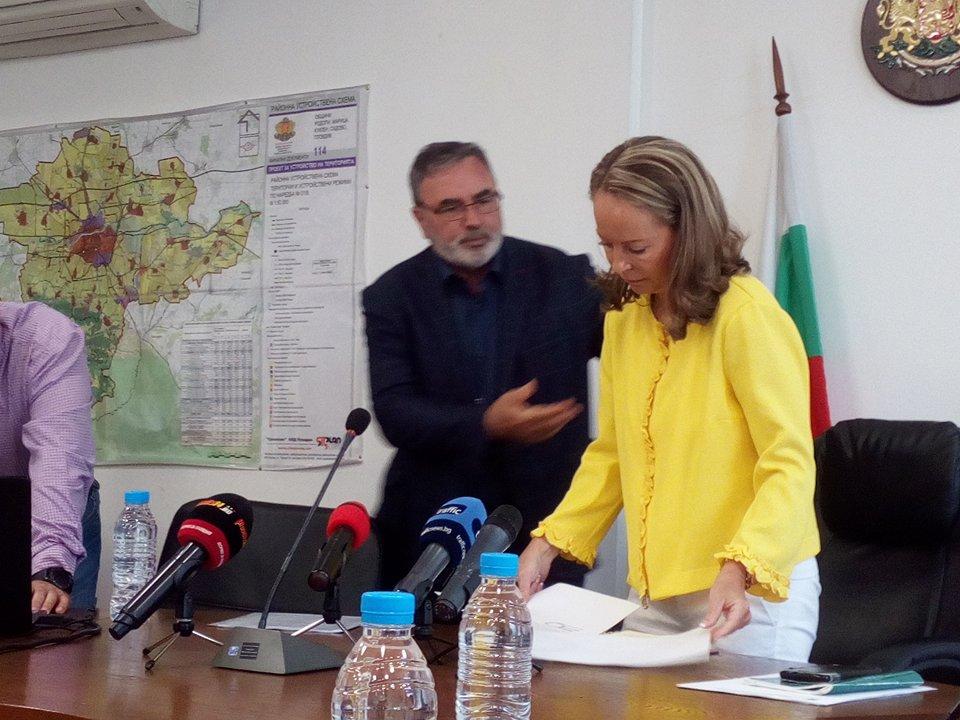 Д-р Ангел Кунчев и Дани Каназирева