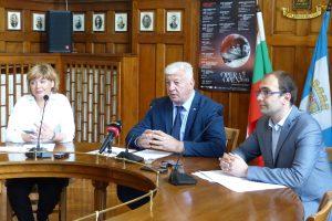 Нина Найденова, Здравко Димитров и Пламен Панов представиха програмата на OPERA OPEN 2020.