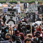 Демонстрациите в центъра на британската столица събраха хиляди участници