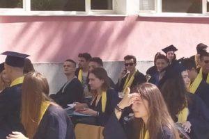 Дванадесетокласниците от Руската гимназия получиха дипломите си