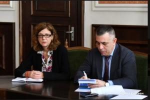 Д-р Петя Балулова и кметът Стефан Радев