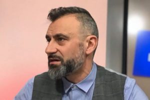 Калин Вельов