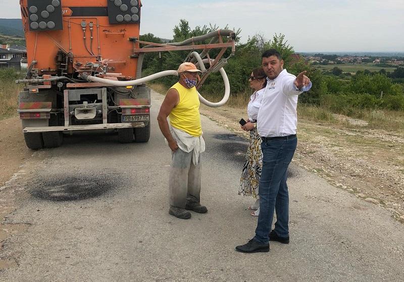Започна възстановяването на панорамния път Марково-Първенец