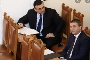 Младен Маринов и Владислав Горанов се разделят с правителството