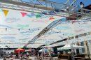 Платната на Културната столица са над масите до скарите.