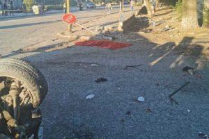 Автомобилите са обърнати по таван, а шофьор и негов спътник също са ранени