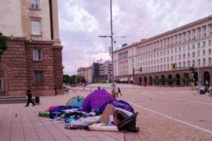 Палатките бяха разчистени, снимка : Блиц