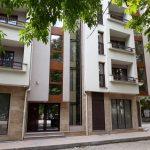 Сградата, в която са двата апартамента за гости на общината.