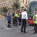 Автобусът се е сблъскал с трамвай