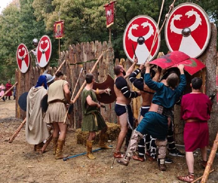 """Древните бойци водят битки в парк """"Лаута"""""""