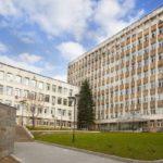 Осем от новите заразени са в болницата в Смолян