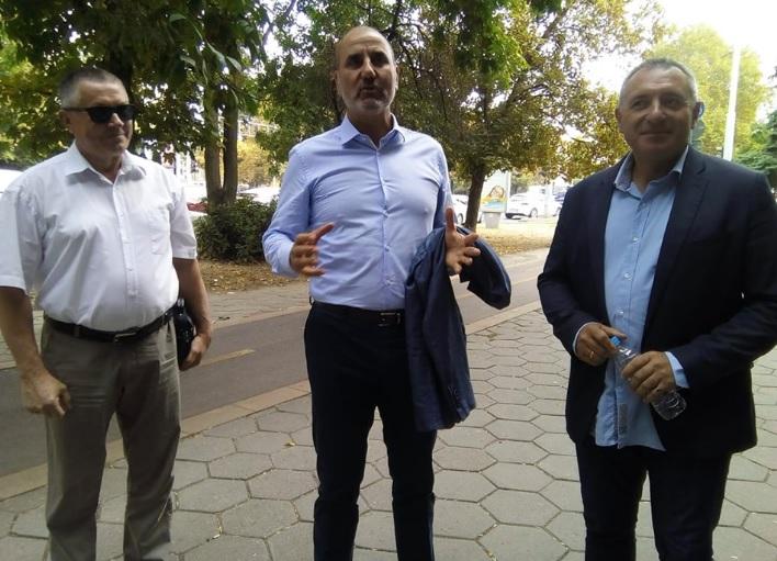 Цветан Цветанов с поддръжниците си от Пловдив.