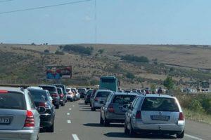 Катастрофата преди Бургас предизвика километрично задръстване