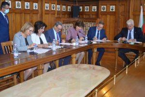 Кметът и ректорите подписаха меморандум.