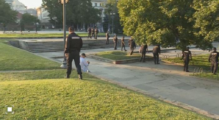 Полицията претърсва района, снимка bTV