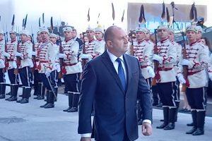 """Президентът прие почетния караул преди откриването на """"Хемус 2020""""."""