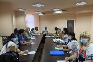 """Кметът на """"Тракия"""" се срещна с директори на училища и детски градини"""