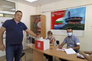 """Председателят на организацията на БСП в район """"Източен"""" Йордан Василев."""