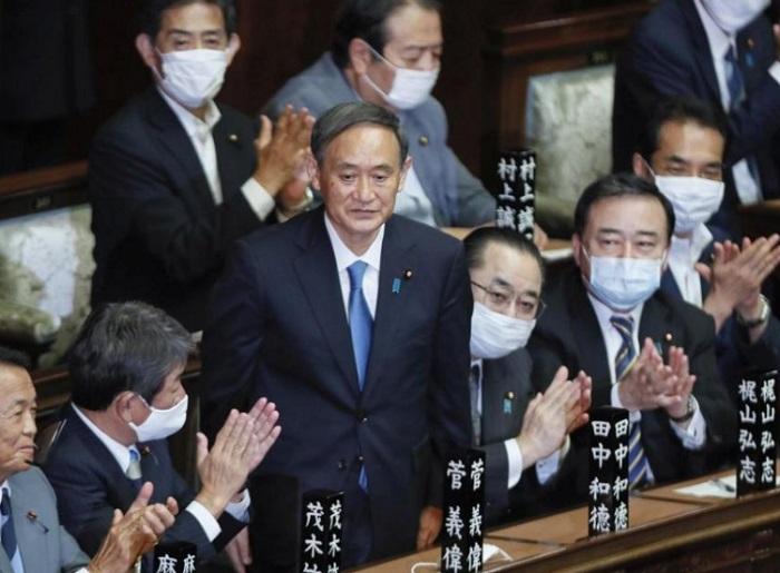 Йошихиде Суга е новият премиер на страната