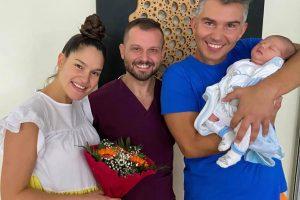 Веси Бонева с д-р Александър Кобаков, Явор Велчев и малкия Дариел