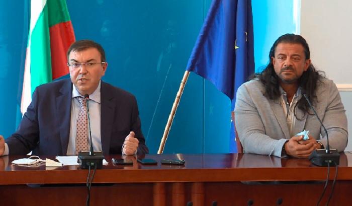 Проф. Костадин Ангелов и Ричард Алибегов