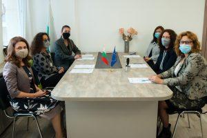 Новото и старото ръководство на Пловдивския окръжен съд.