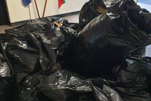 Част от иззетите фалшиви стоки