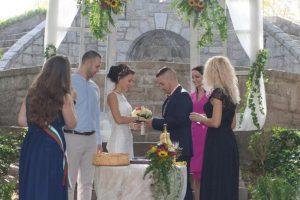 Огледалната дата 10.10 се оказва една от най-желаните за бракосъчетание