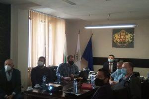 """Община и бизнес обсъждат създаване на индустриални зони в """"Родопи"""""""