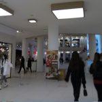 Пловдивчани пазаруват часове преди част от магазините да бъдат затворени