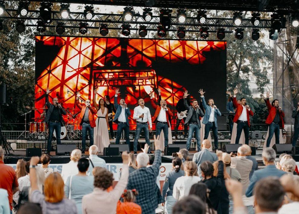 Хорът на Турецкий с концерт на Альоша