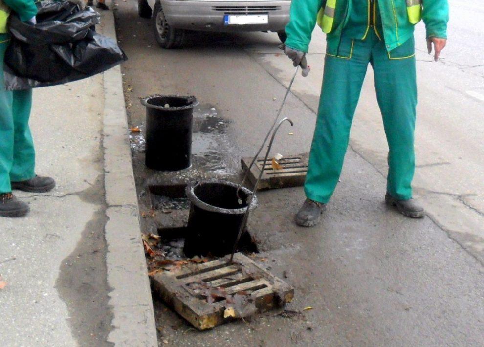 Как се чистят дъждоприемни шахти