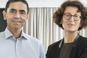 Угур Шахин и Йозлем Туречи първи успяха да създадат ваксина срещу COVID-19. СНИМКА: BioNTech