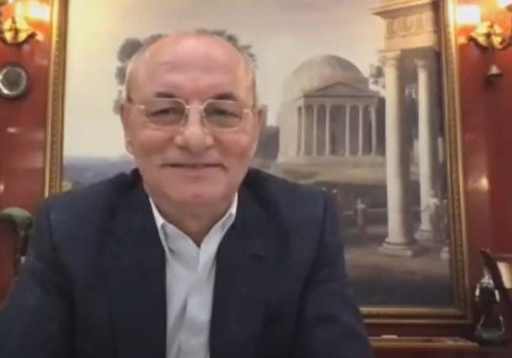 Ахмед Доган се включи в онлайн форума на ДПС.