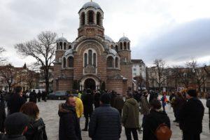 Стотици изпратиха в последния му път музиканта Димо Стоянов