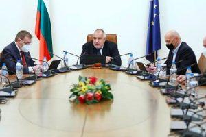 България произвежда не само ваксини, но и антитоксични серуми, каза Борисов