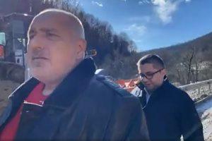 Борисов инспектира свлачището на Искърското дефиле