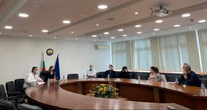 """Дани Каназирева се срещна с представители на Инициативния комитет """"Стоп на кариерите в Белащица"""""""