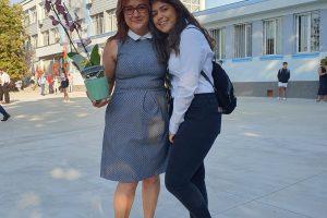 Адвокат Росица Драгинова и дъщеря ѝ Диана. Снимка: ФБ