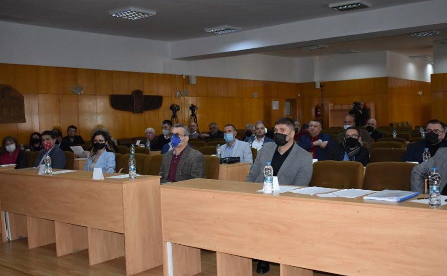 25 от гласувалите 33 съветници подкрепиха бюджета на Асеновград.