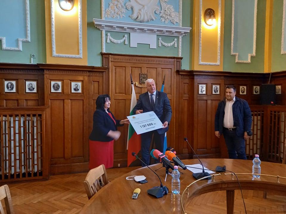 Теменужка Петкова и Здравко Димитров