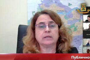 Ангелина Топчиева на публичното обсъждане