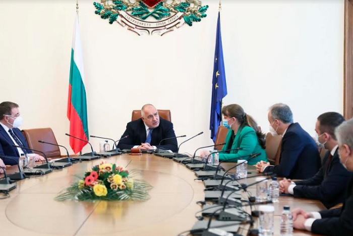 Борисов събра министри, представители на НОЩ и ваксинационния щаб