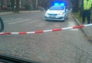 """Жп бариера на прелеза на кръстовището на булевардите """" Копривщица"""" и """"Свобода"""""""